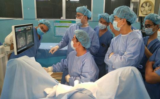 Sinh hoạt khoa học chuyên đề: Sinh thiết tuyến tiền liệt qua hướng dẫn siêu âm kết hợp hình ảnh MRI - MRI Fusion Biopsy
