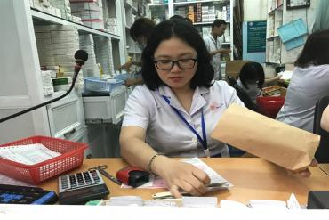 HCM City hospitals respond positively to call for reducing plastic waste